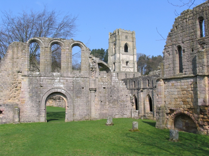 Fountains Abbey © David Gill