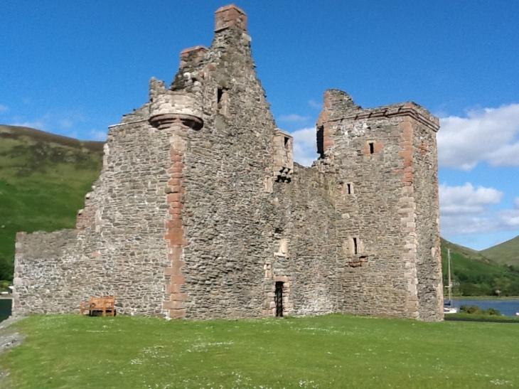 Lochranza Castle © David Gill