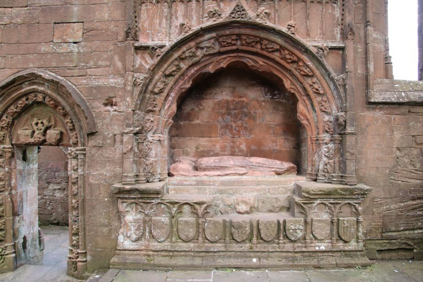 lincluden_tomb_0812