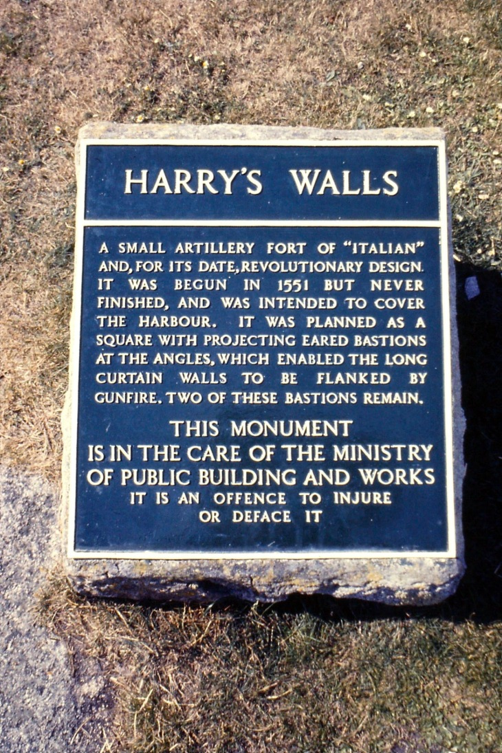 HarrysWalls_sign